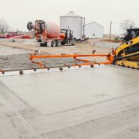 Powered-Vibrating-Concrete-Screeds-&-Gravel-Grader