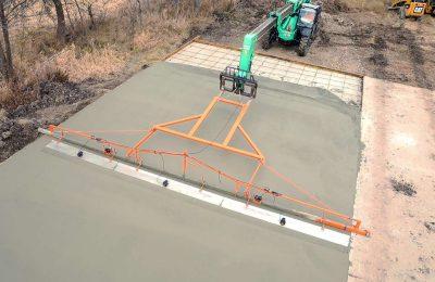 Telehandler Concrete Screed